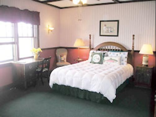 Hotel Nichols - South Haven - Bedroom