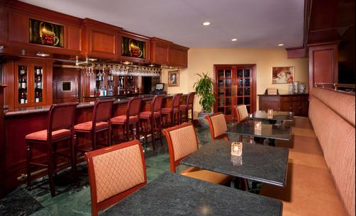 Ayres Hotel & Suites Ontario Convention Center - Ontario - Bar