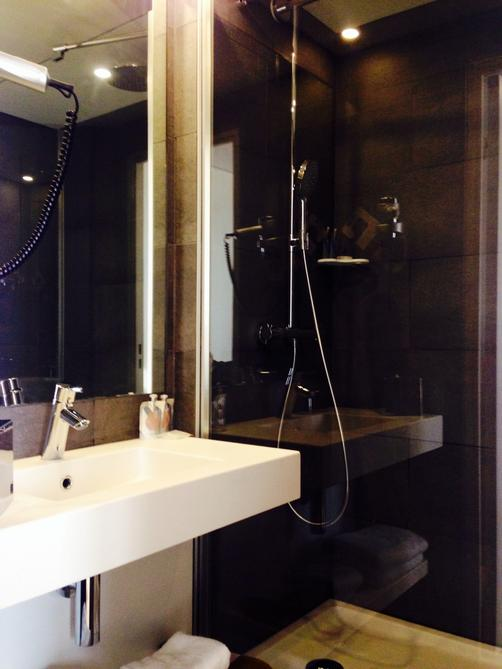 Kyriad Prestige Paris Bercy - Le 209 - Paris - Bathroom