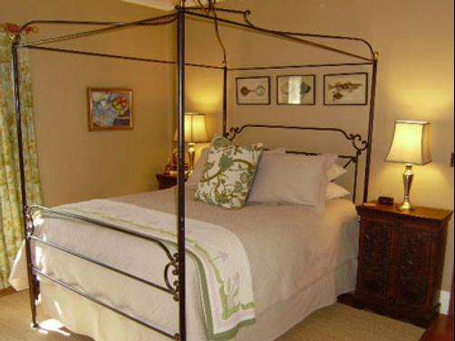 Catalina Park Inn Bed and Breakfast - Tucson - Bed