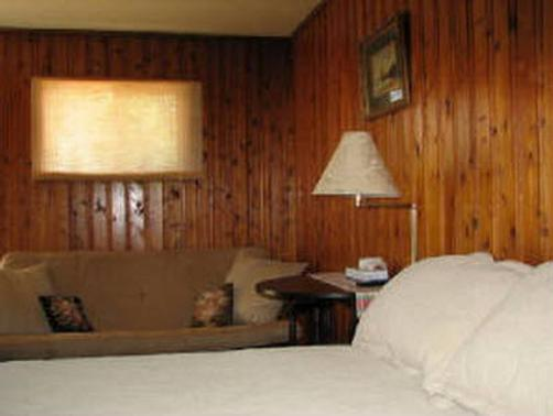 Bayview Motel - Ashland - Bedroom