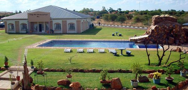 Adansonia Hotel - Francistown - Pool