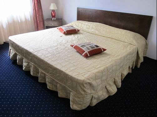 Hotel Solo - Shumen - Bed