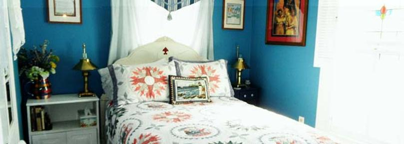 Alexander House Booklovers B & B - Princess Anne - Bed