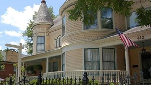 C. W. Worth House Bed & Breakfast - Wilmington - Building