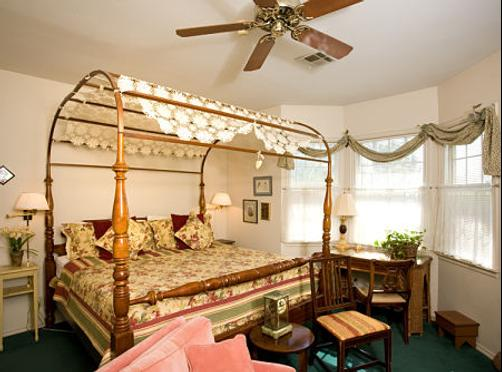 Montford Inn - Norman - Bedroom
