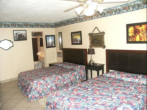 Sea Dip Beach Resort - Daytona Beach - Bedroom