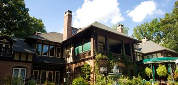 Gramercy Mansion Bed & Breakfast