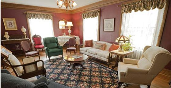 Hellman Guest House - Galena - Living room