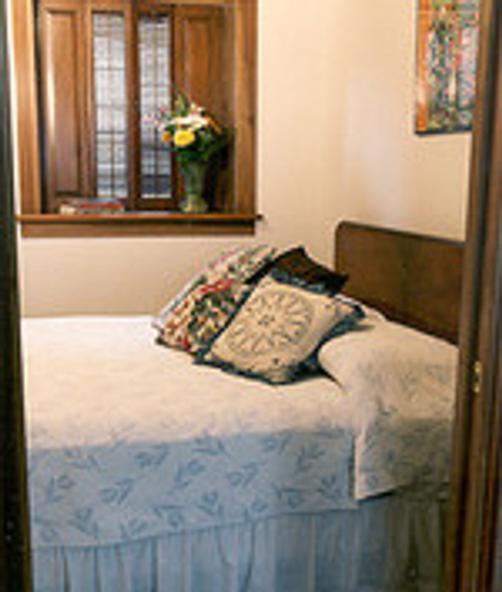City Scene Bed & Breakfast - Chicago - Bed
