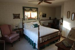 Pinehaven Bed and Breakfast