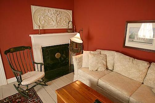 The Dinsmore House Bed and Breakfast - Charlottesville - Living room