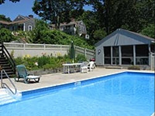 Woody Hill B & B - Westerly - Pool