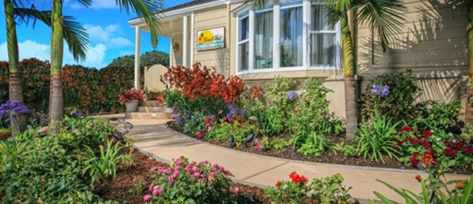 Beach Hut Bed & Breakfast - San Diego - Building
