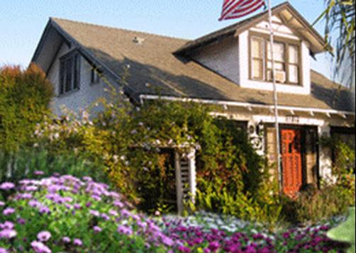 Carole's Bed And Breakfast - San Diego - Building