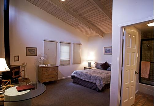 Circle Bar B Guest Ranch - Goleta - Bedroom