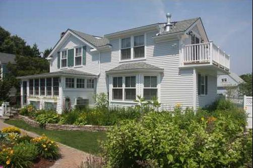 Orchard Street Inn - Stonington - Building