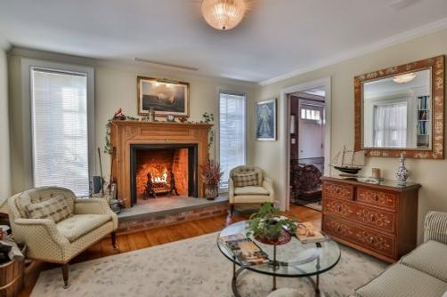 Orchard Street Inn - Stonington - Living room