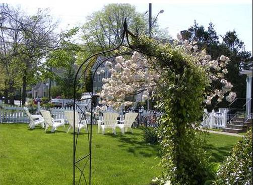 Orchard Street Inn - Stonington - Patio