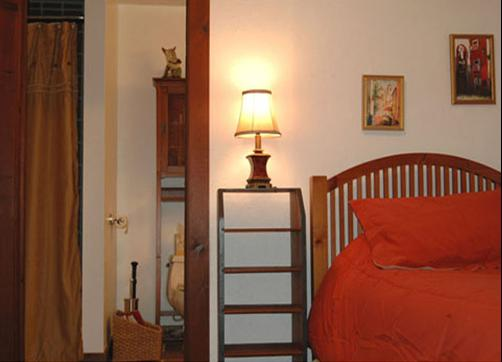 Sunhearth Trails Bed and Breakfast - Roaring Spring - Bedroom