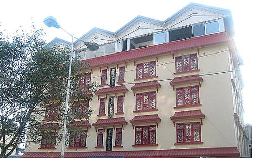 Hotel Golden Pagoda - Gangtok - Building