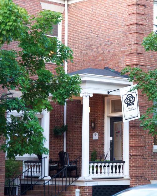 The One Bed and Breakfast - Richmond - Building