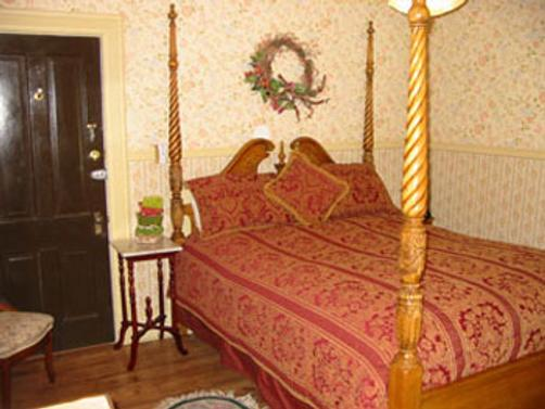 The Inn of the Rockies at the Historic Alma House - Silverton - Bedroom