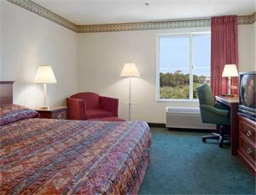Baymont Inn & Suites Chicago/Calumet City - Calumet City - Bedroom