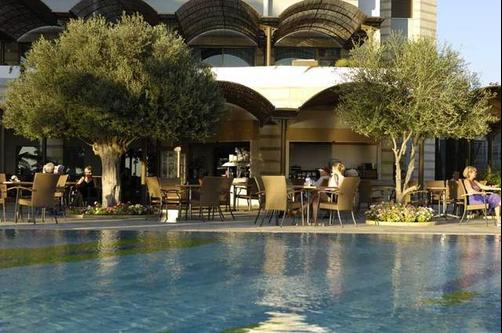 Constantinou Bros Athena Royal Beach Hotel - Paphos - Pool