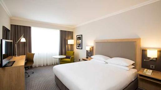 DoubleTree by Hilton Hotel Dublin - Burlington Road - Dublin - Bedroom