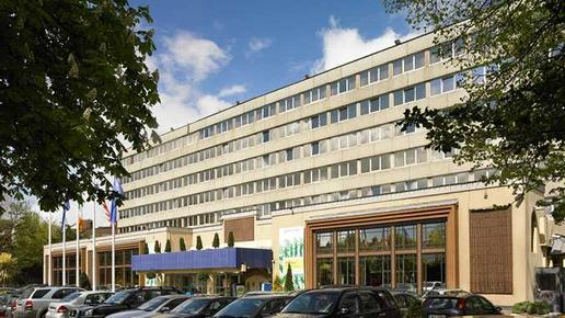 DoubleTree by Hilton Hotel Dublin - Burlington Road - Dublin - Building