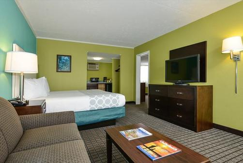 Mermaid Inn - Myrtle Beach - Bedroom