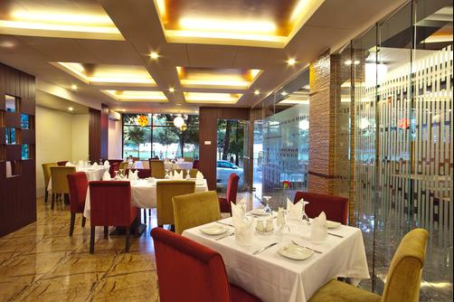Hotel Orchard Suites - Dhaka - Restaurant