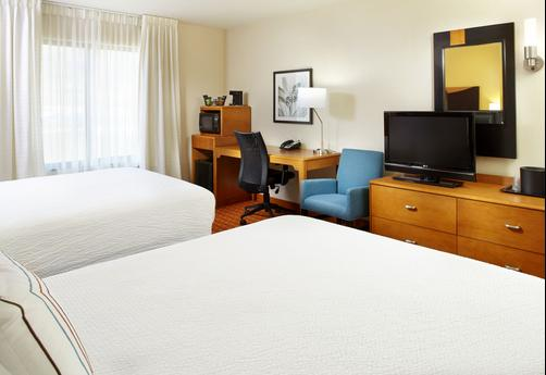 Fairfield Inn and Suites by Marriott Pittsburgh Neville Island - Pittsburgh - Queen bedroom