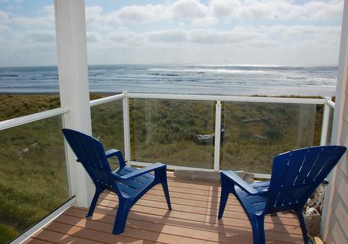Vacations by the Sea - Westport - Balcony