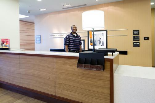 Hampton Inn & Suites Orange Beach - Orange Beach - Front desk