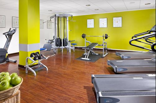 Courtyard by Marriott Munich City Center - Munich - Gym