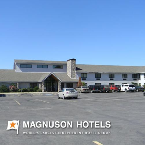 Regency Inn And Suites - Stilwell - Building