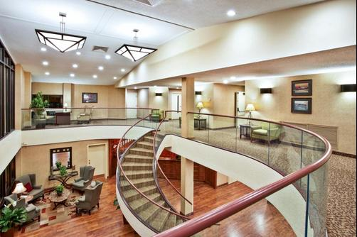 Baymont Inn & Suites Knoxville/Cedar Bluff - Knoxville - Lobby
