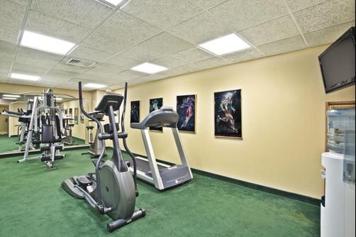 Baymont Inn & Suites Knoxville/Cedar Bluff - Knoxville - Gym