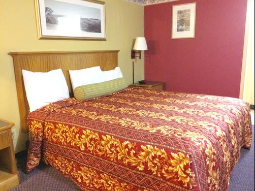 Scottish Inns New Cumberland - New Cumberland - King bedroom