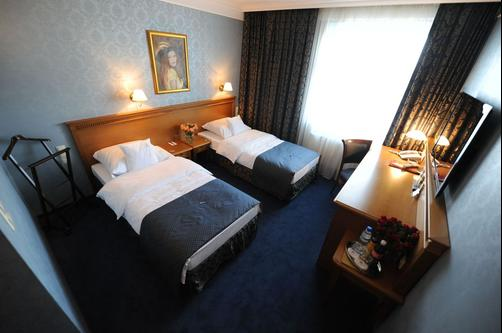 Hotel Wloski - Poznan - Bedroom
