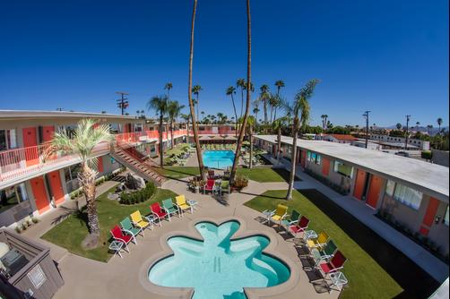 Skylark Hotel - Palm Springs - Outdoors view