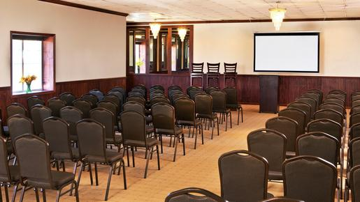 Four Points by Sheraton Kalamazoo - Kalamazoo - Conference room