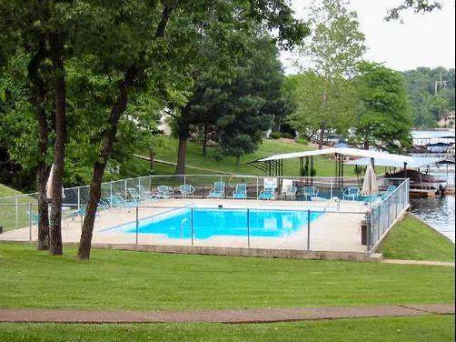 Ozark Village Resort & Marina - Lake Ozark - Pool