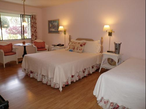 Los Laureles Lodge - Carmel Vall