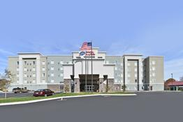 Hampton Inn & Suites Greensboro/Four Seasons
