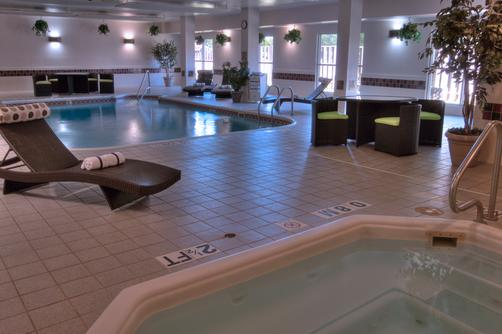 Baymont Inn & Suites Dallas/ Love Field - Dallas - Pool