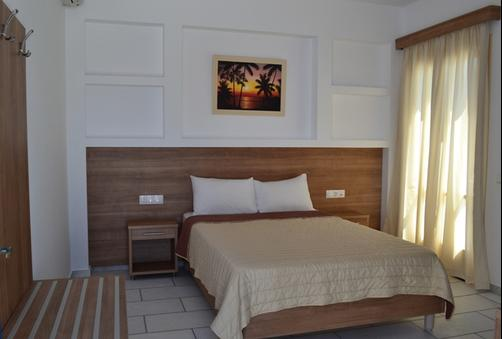 Brothers Hotel - Ios - Double room