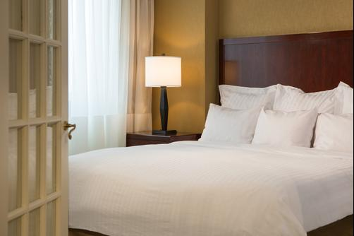 Washington Dulles Marriott Suites - Herndon - Bedroom